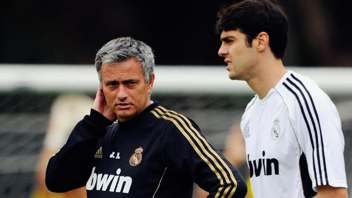Jose Mourinho menjadi salah satu penyebab kegagalan Kaka di Real Madrid. Foto: Kevork Djansezian/Getty Images