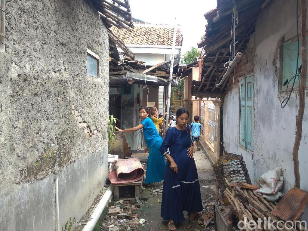 Cerita Ibu Hamil yang Selamat dari Amukan Puting Beliung Cirebon