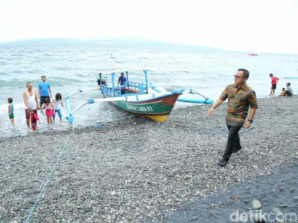 Sidak Pantai Grand Watu Dodol, Anas Ingatkan Masalah Kebersihan