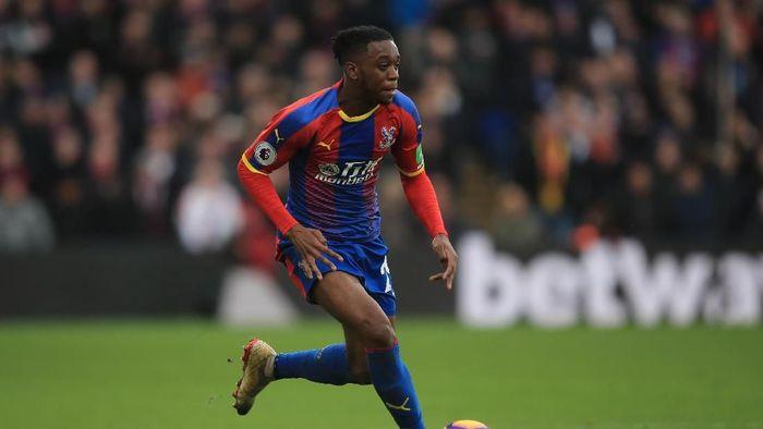 Isu transfernya ke Manchester United ganggu fokus Aaron Wan-Bissaka di Piala Eropa U-21 (Foto: Marc Atkins/Getty Images)