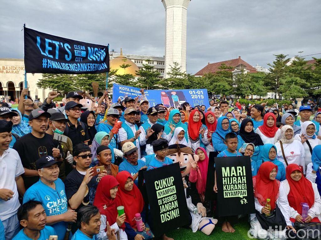 Sambut Ramadan, Oded Ajak Warga Bebersih Bandung