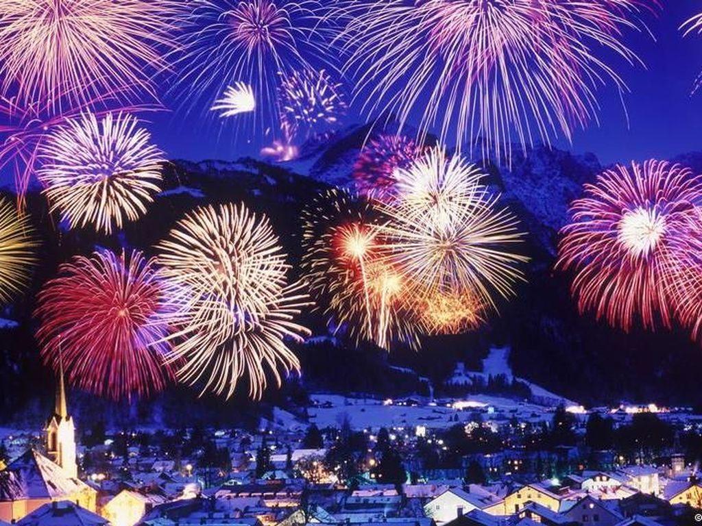 Warga Korea Utara Masih Rayakan Tahun Baru