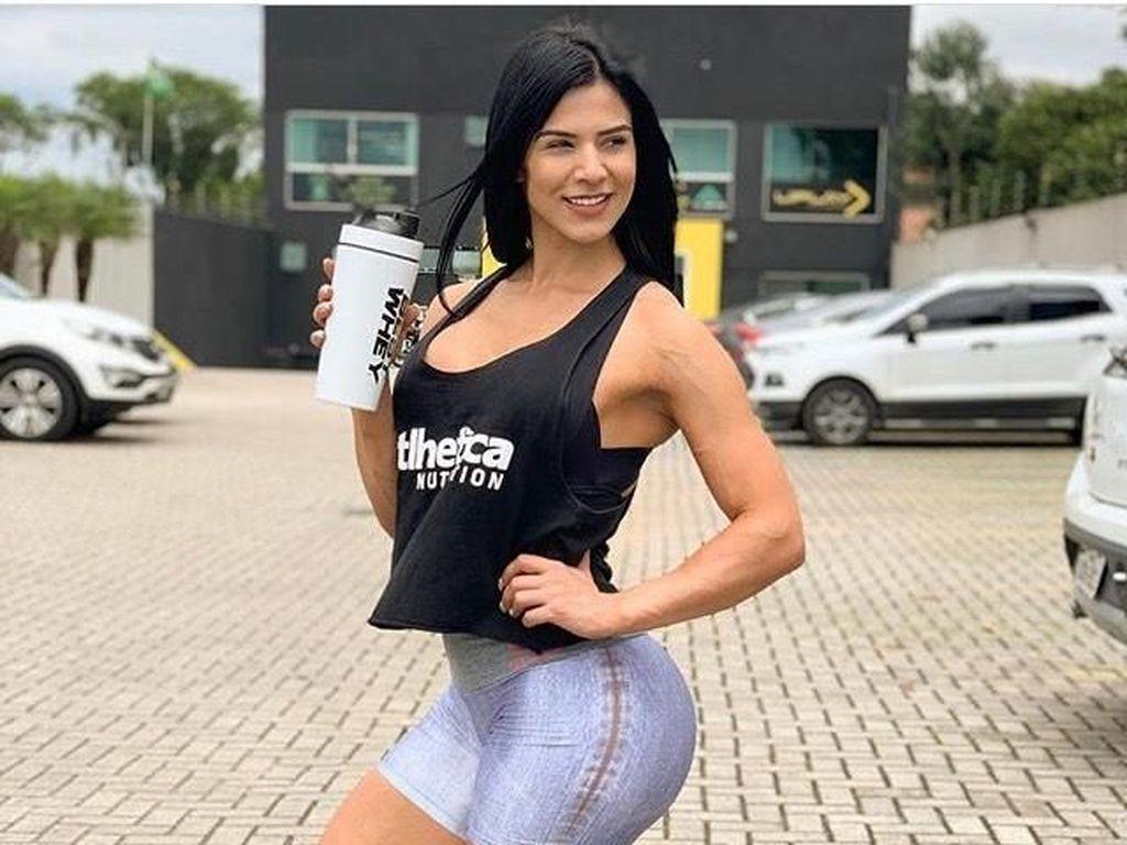 Kenalan dengan Eva, Model Fitness yang Disebut Punya Tubuh Terbaik di Dunia