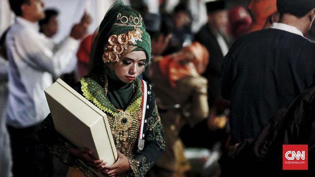 Nikah Massal ala Anies dan Cerita Cinta Ika-Arafi