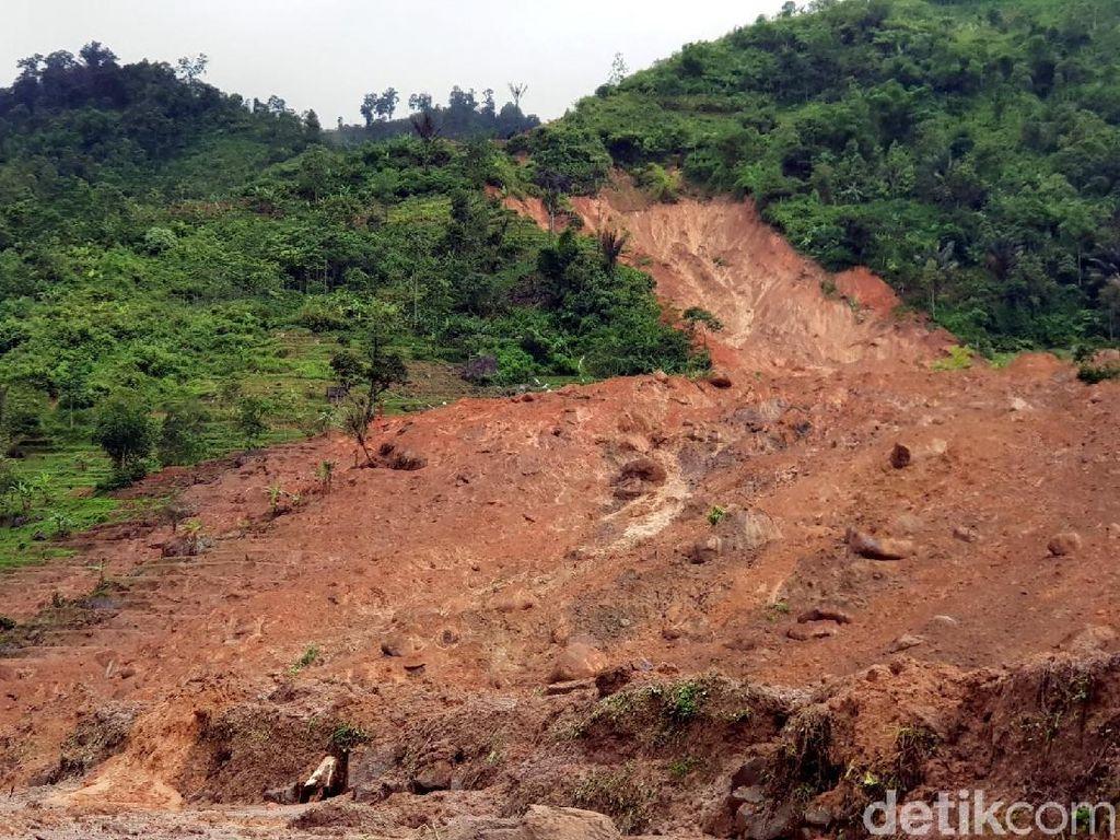 PVMBG: Kampung Adat Sukabumi Masuk Zona Rentan Gerakan Tanah