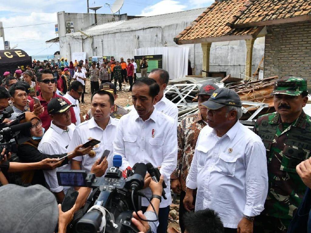 Jokowi Siapkan Wilayah Relokasi Korban Tsunami di Rajabasa Lampung