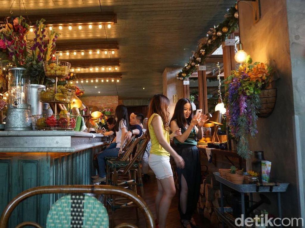 Minggu Malam Bisa Nongkrong Seru di 5 Tempat di Jakarta Utara Ini