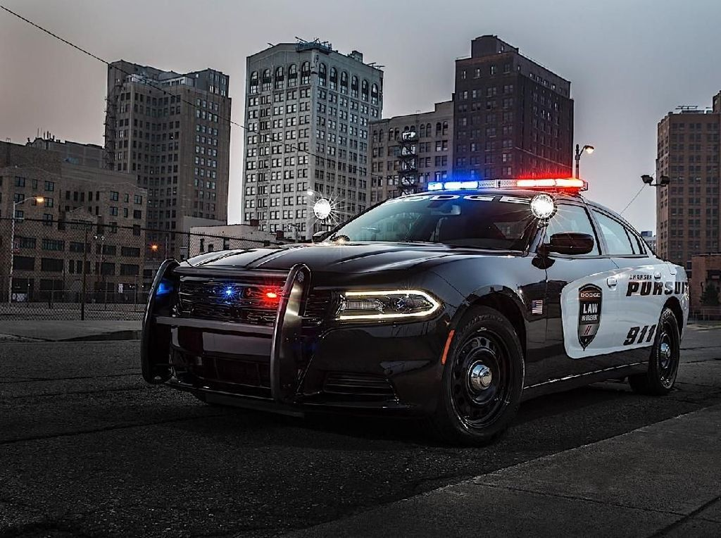 Di Amerika Modifikasi ala Mobil Polisi Ditangkap