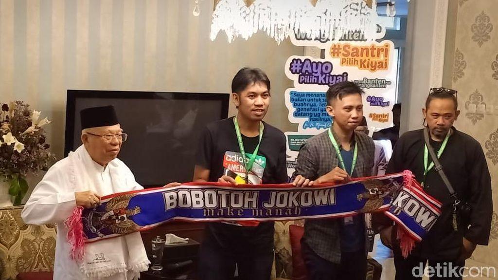 Di Rumah Maruf Amin, Rombongan Bersyal Bobotoh Jokowi Deklarasi Dukungan