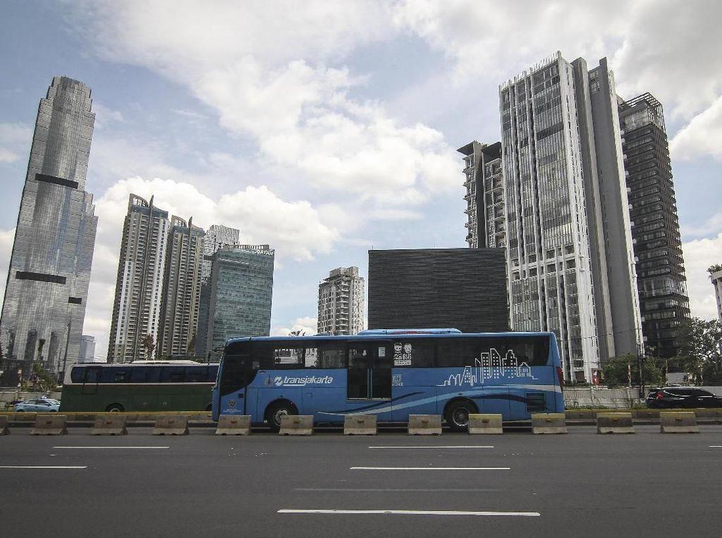 Pandemi Corona, Ini Jadwal Baru MRT, LRT, dan TransJakarta
