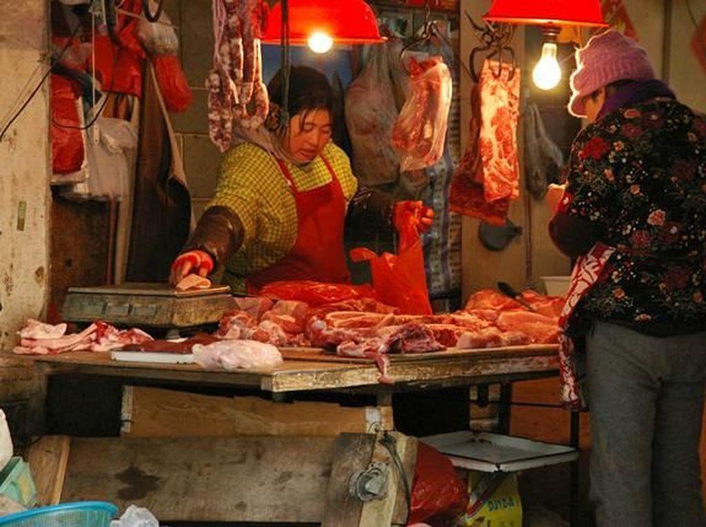 Ulat Sutera hingga Daging Anjing, Ini 6 Makanan Paling Dibenci di China