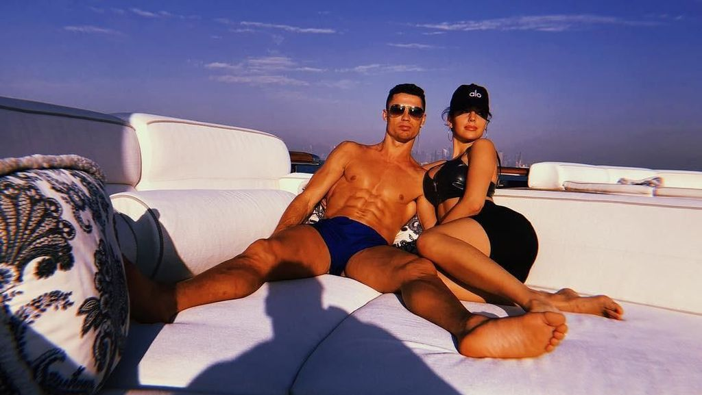 Foto: Gaya Liburan Tahun Baru Cristiano Ronaldo di Dubai