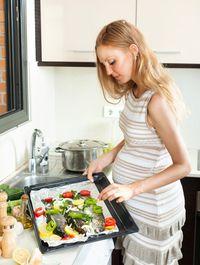 Ibu Hamil, Catat Aturan Makan Seafood yang Tidak Bahayakan Janin