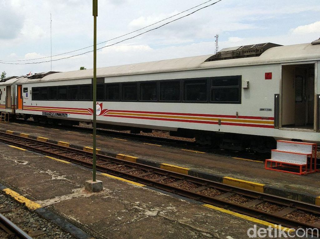 Kapan Jalur Jakarta-Pangandaran Tersambung Rel Kereta?