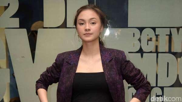 Curhat Caitlin Helderman yang Kaprikornus Wanita Kotor
