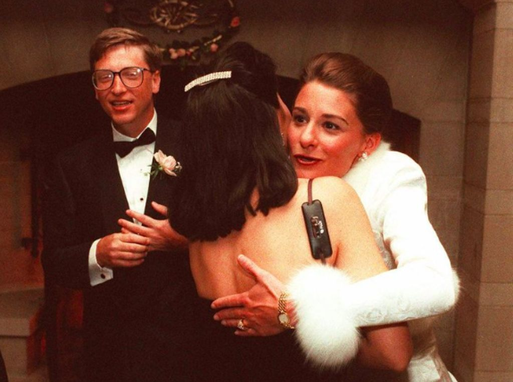 Bill Gates-Melinda Sudah 25 Tahun Nikah, Mesranya Tak Berubah