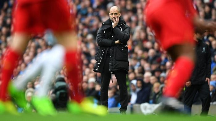 MANCHESTER, ENGLAND - MARCH 19:  Josep Guardiola, Manager of Manchester City looks on during the Premier League match between Manchester City and Liverpool at Etihad Stadium on March 19, 2017 in Manchester, England.  (Photo by Michael Regan/Getty Images)