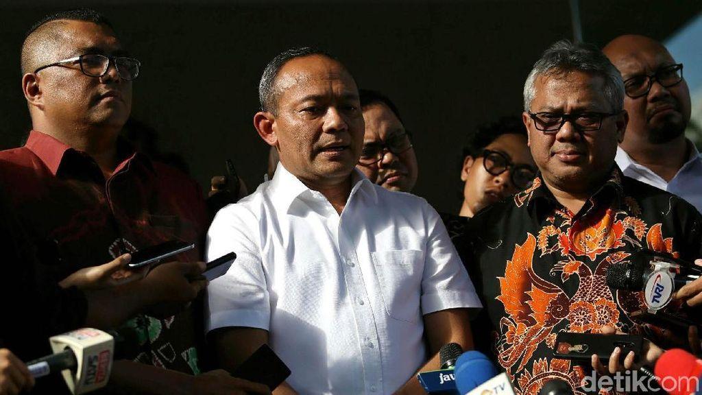KPU, Lawan yang Ganggu Pemilu