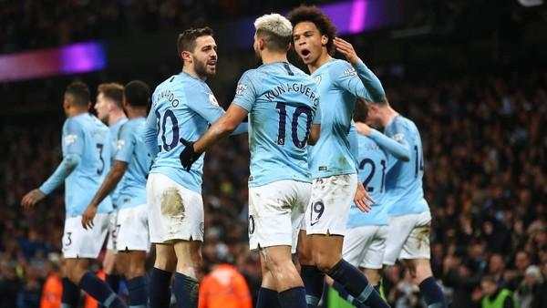 Manchester City Bungkam Liverpool 2-1