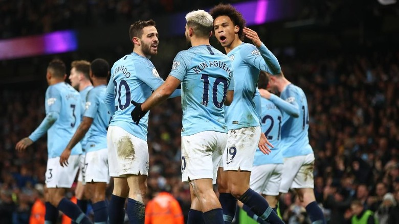 Manchester City Bungkam Liverpool 2-1