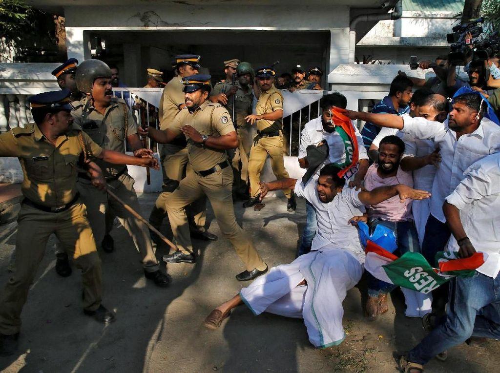 Lebih dari 750 Orang Ditangkap dalam Bentrokan di Kuil India