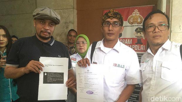 Relawan Jokowi Mania mempolisikan Tengku Zulkarnain atas cuitan soal 'surat suara tercoblos' ke Bareskrim Polri.