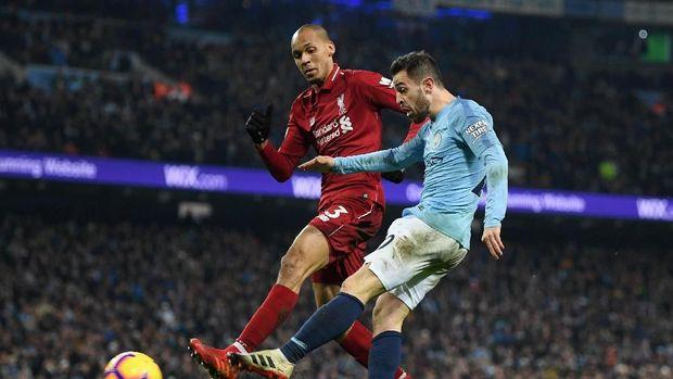 Bernardo Silva mencoba melepaskan diri dari Fabinho