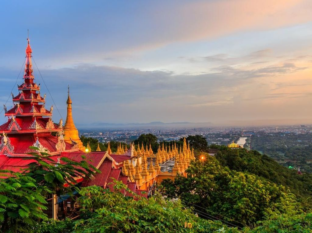 Cobain Serunya Naik Bajaj Keliling Kota Mandalay di Myanmar
