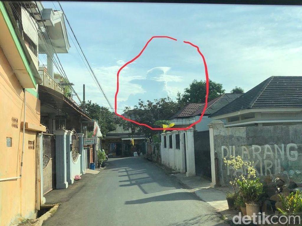 Sujiwo Tejo Bikin Tebak-tebakan soal Awan Berbentuk Prabowo