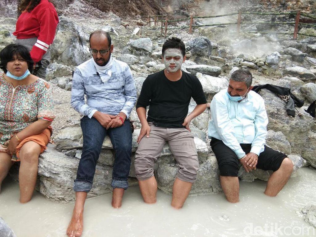 Ini yang Paling Dicari Turis Timur Tengah di Tangkuban Perahu