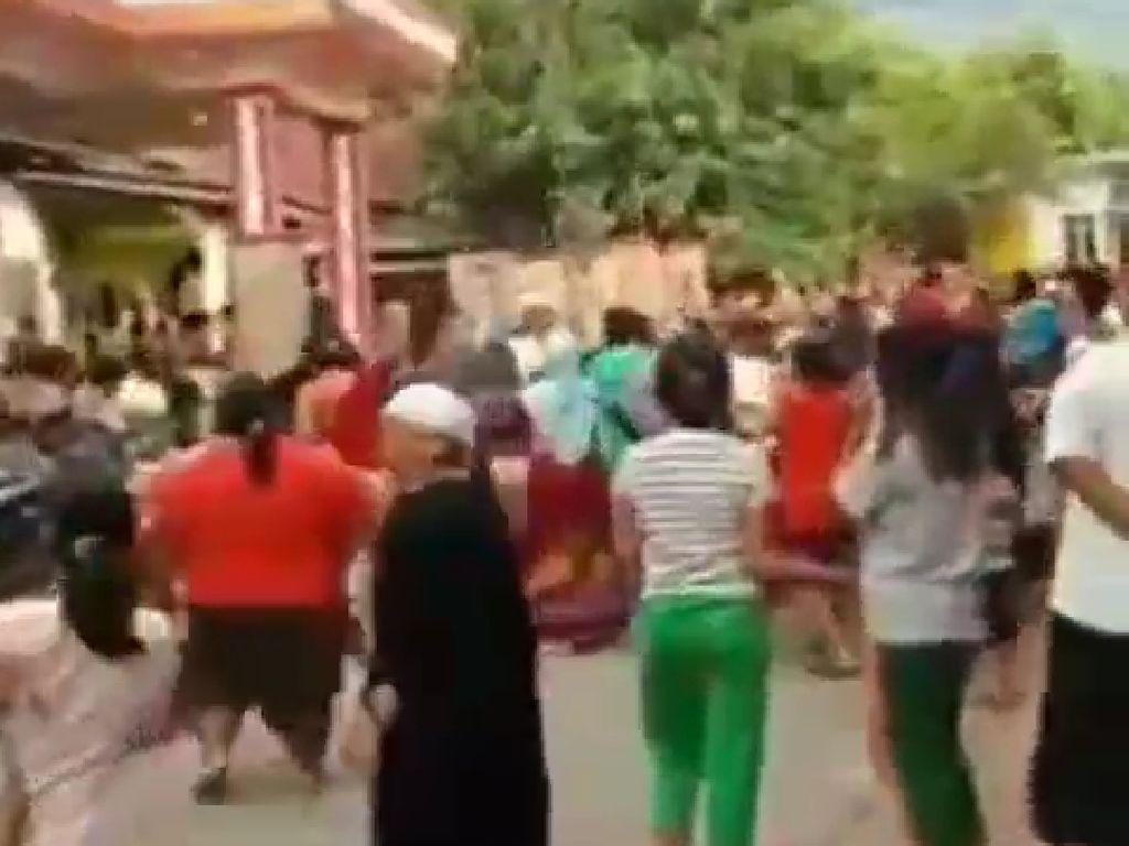 Beredar Video Sebar Duit Disebut di Probolinggo, Polisi: Tidak Benar