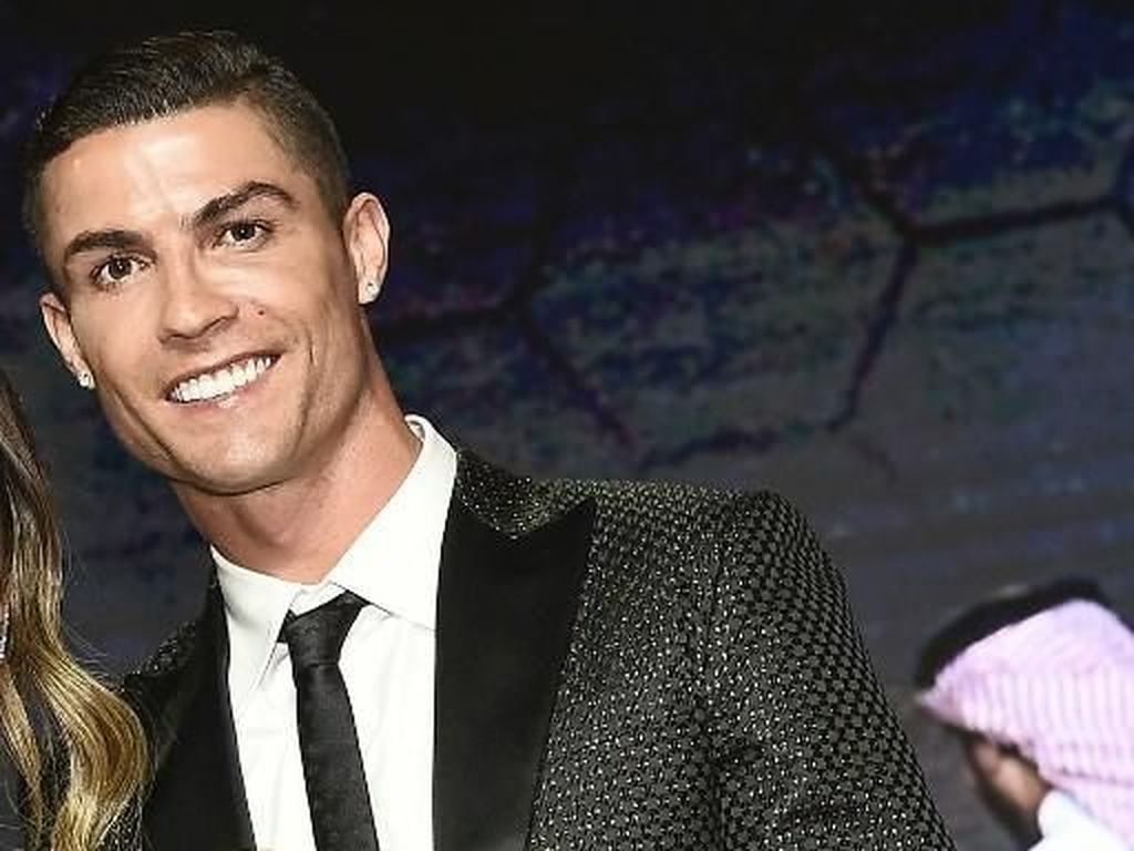 Mantan Kekasih: Ronaldo Psikopat dan Pembohong