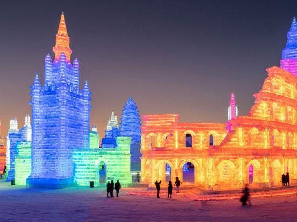 Foto Festival Es Terbesar Sedunia di China
