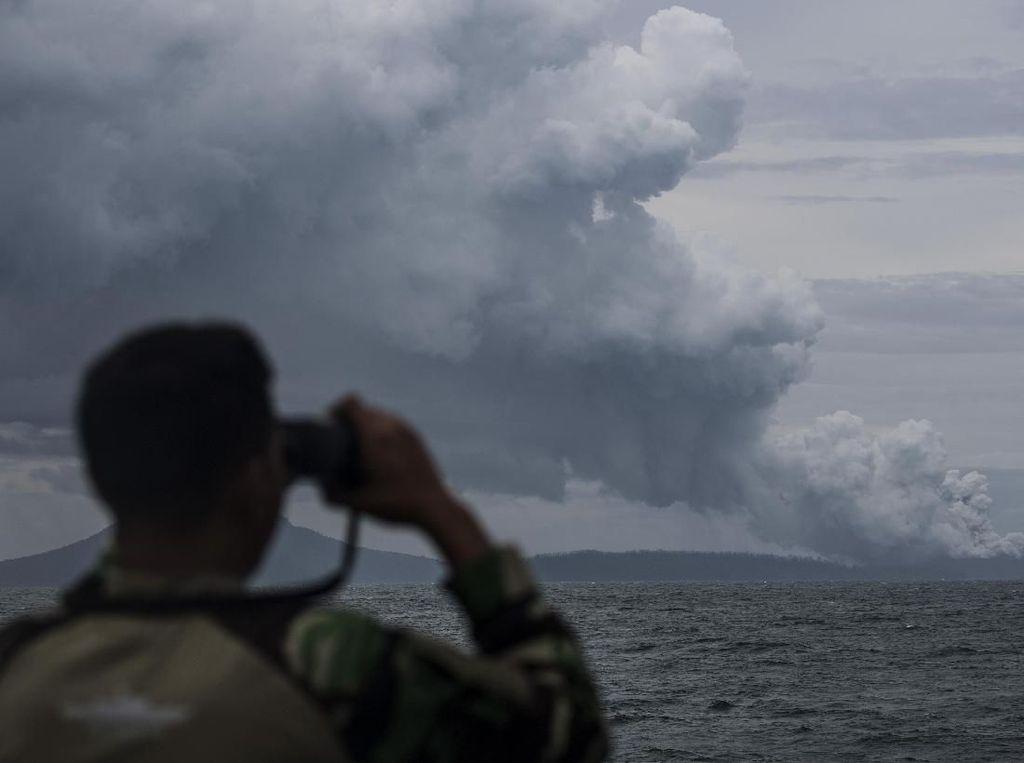 Gunung Anak Krakatau Erupsi, Status Waspada