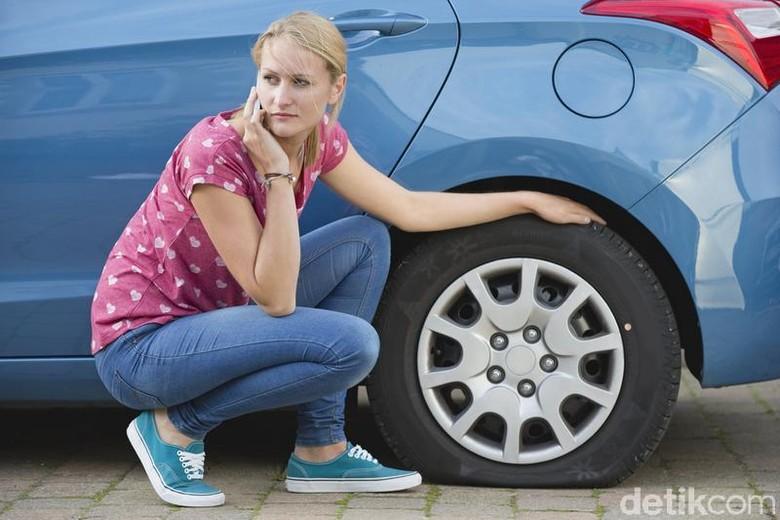Kalau Mobil Jarang Dipakai, Ban Sebaiknya Dilepas