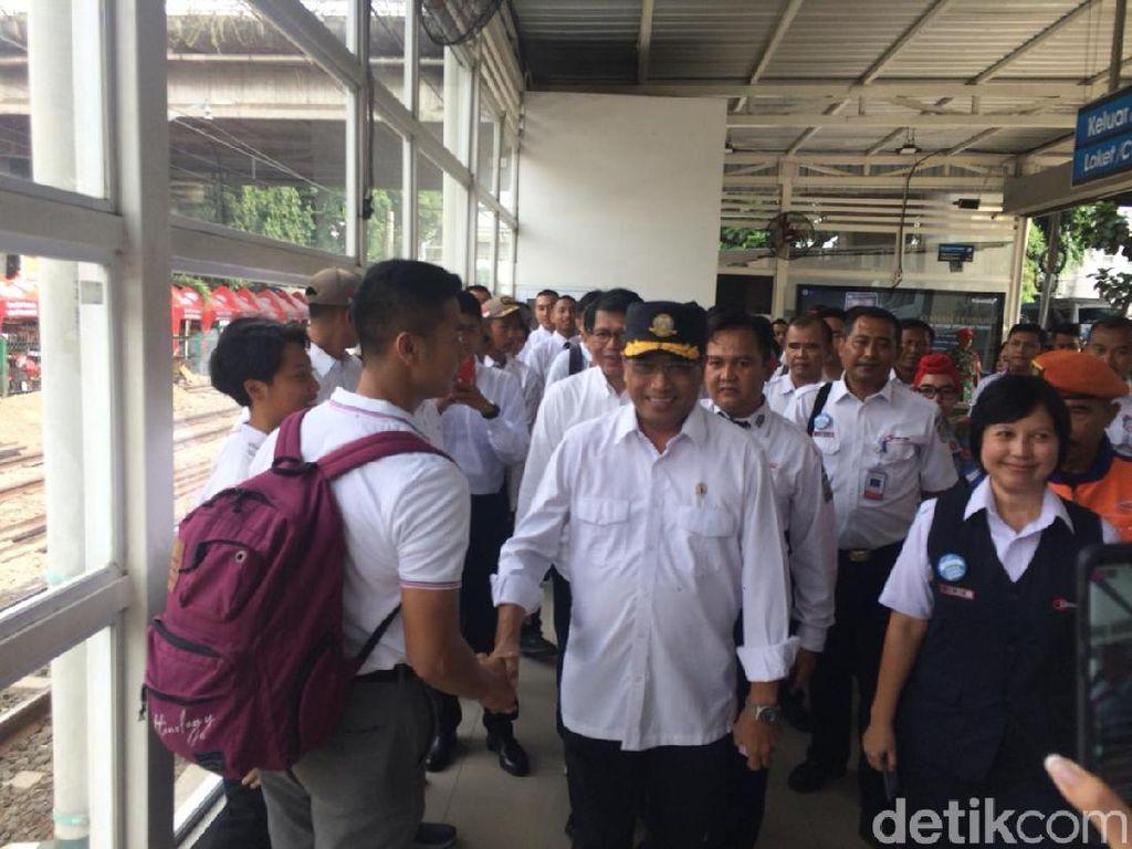 Waktu Tunggu KRL ke Bekasi Lama, Menhub Kebut Proyek Jalur Ganda