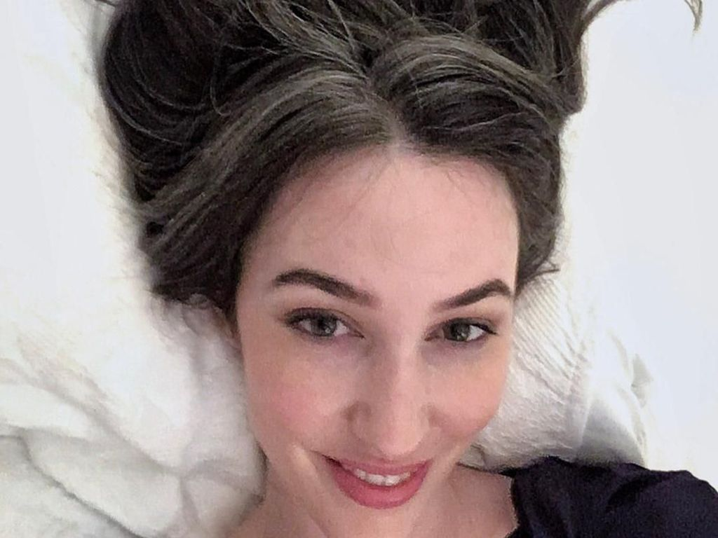6 Faktor Penyebab Rambut Beruban di Usia Muda