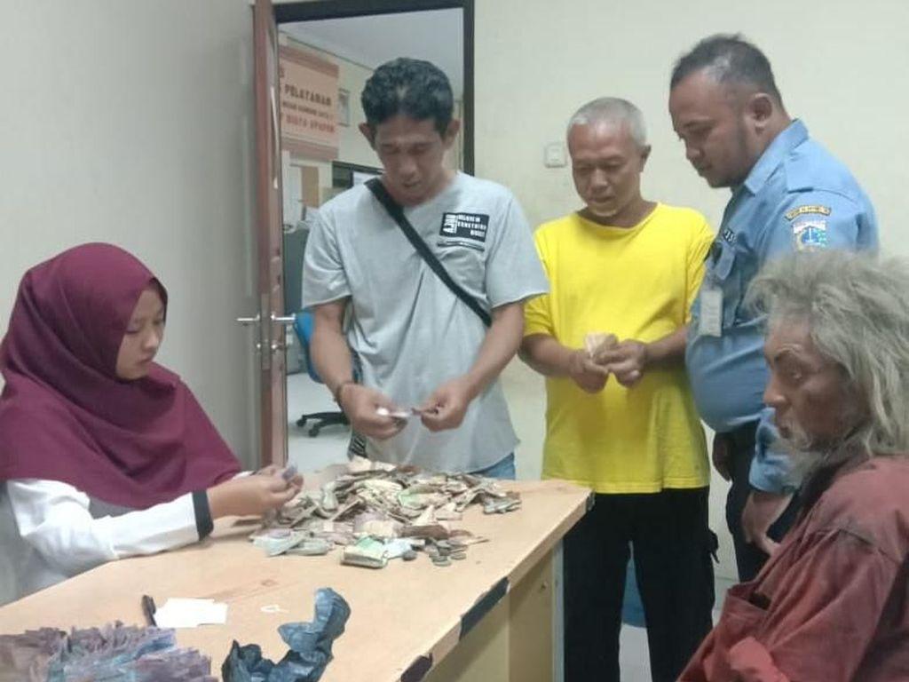 Seminggu di Jakarta, Gelandangan Ini Kantongi Uang Rp 3,2 Juta