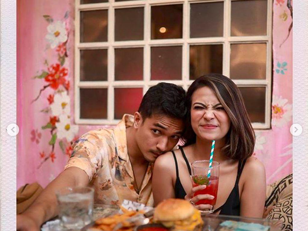 Pacar Posting Foto Vanessa Angel Belum Mandi dan Telanjang, Ada Apa?
