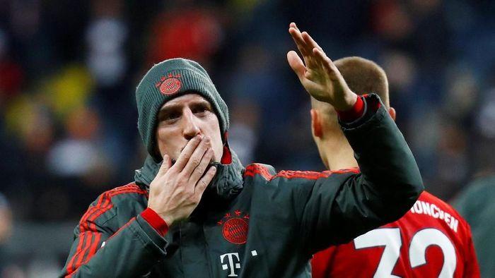 Franck Ribery didenda besar oleh Bayern Munich usai mengumpat di sosial media (REUTERS/Kai Pfaffenbach)