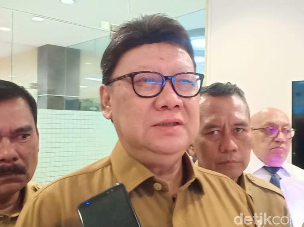 Mendagri Tunggu Bawaslu soal Bupati Kuningan Kutuk Kades Tak Pro-Jokowi