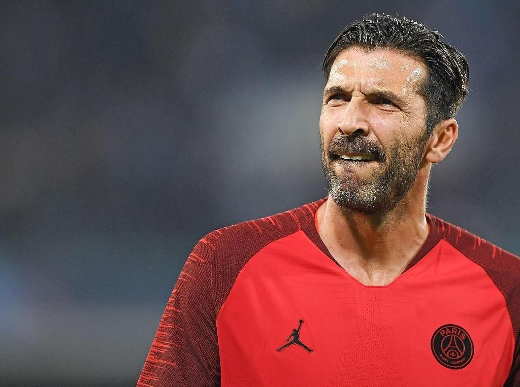 Buffon Tinggalkan PSG karena Tak Mau Jadi yang Kedua