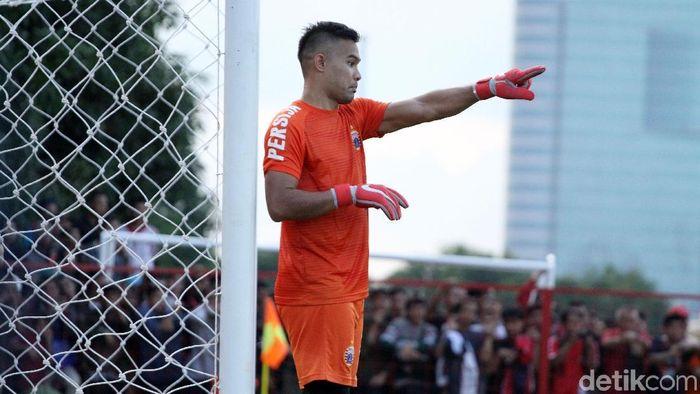 Andritany Ardhiyasa diberi kepercayaan melanjutkan ban kapten Ismed Sofyan. (Rifkianto Nugroho/detikSport)