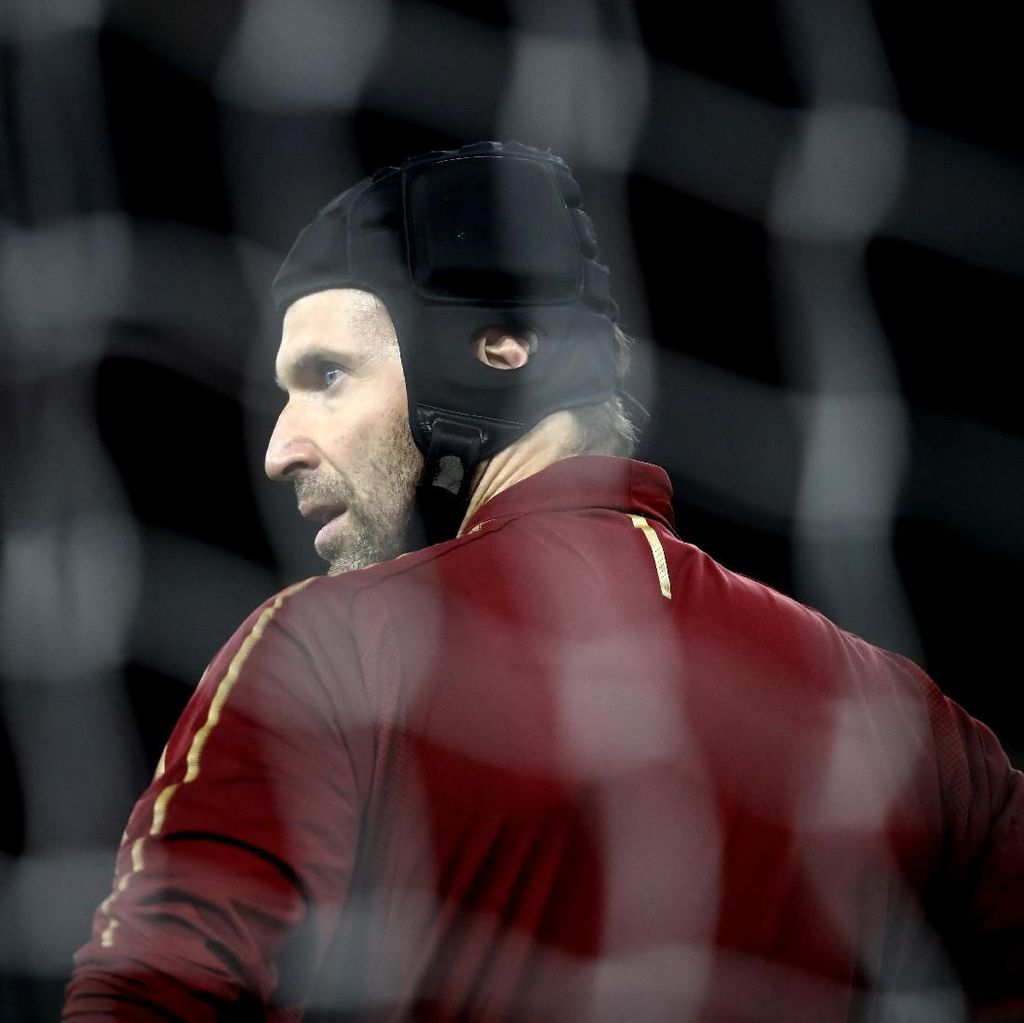 Petr Cech Semestinya Bisa Bermain 3-4 Tahun Lagi