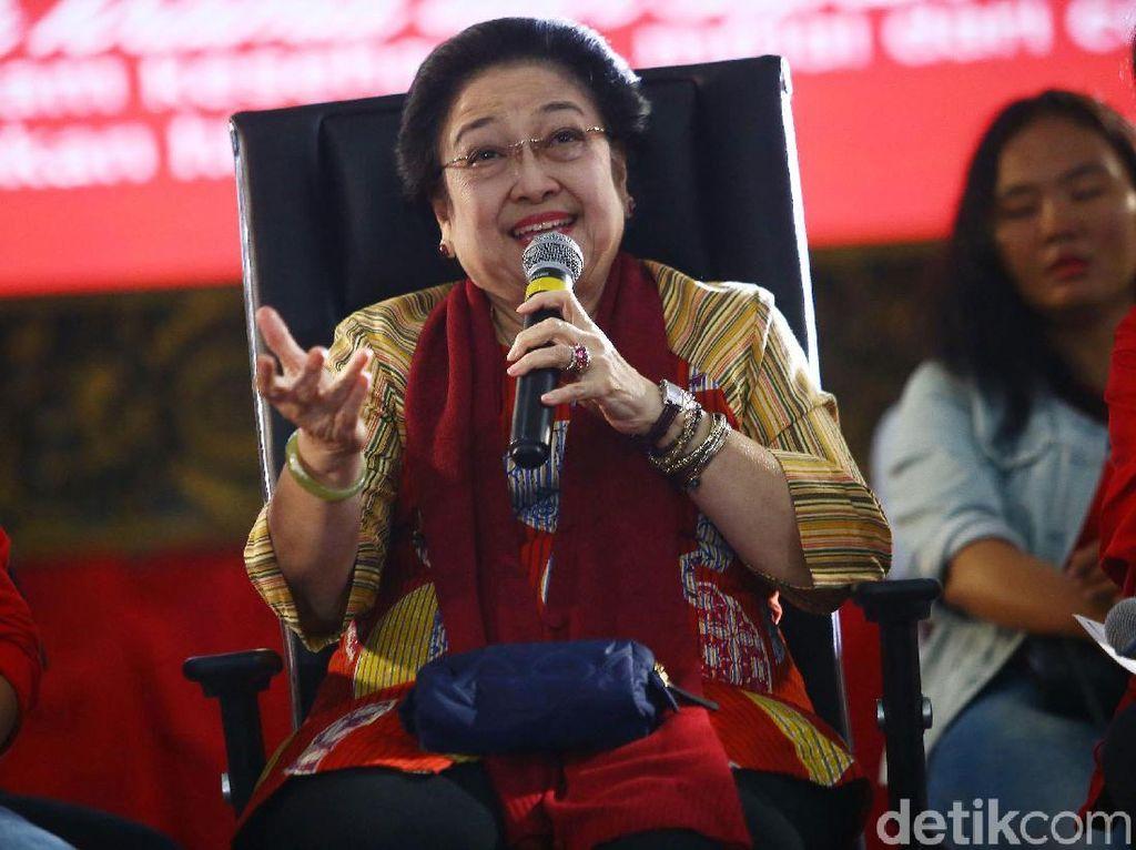 Momen Megawati Dialog dengan Anak Muda