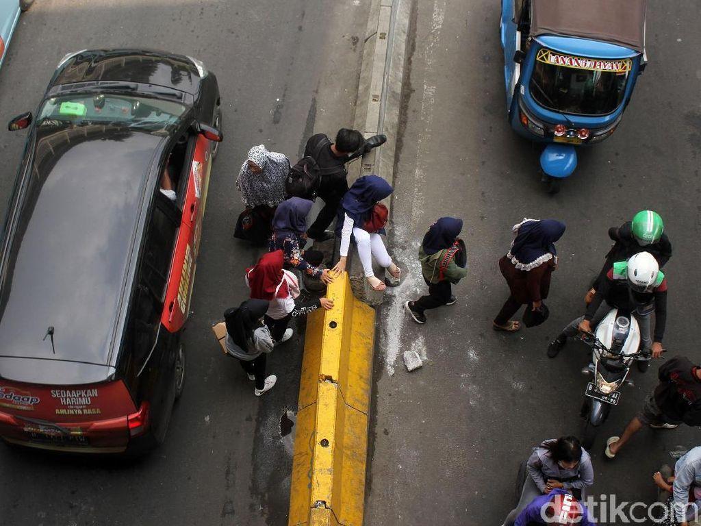 Pemkot Jakpus Sosialisasi Pengaturan Pejalan Kaki di Jl Jatibaru Besok