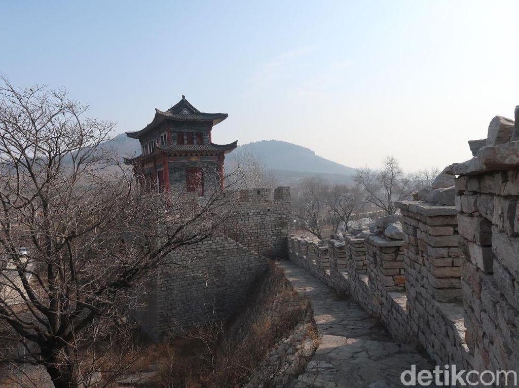 Kisah Tembok Raksasa Tertua di China yang Ditinggalkan