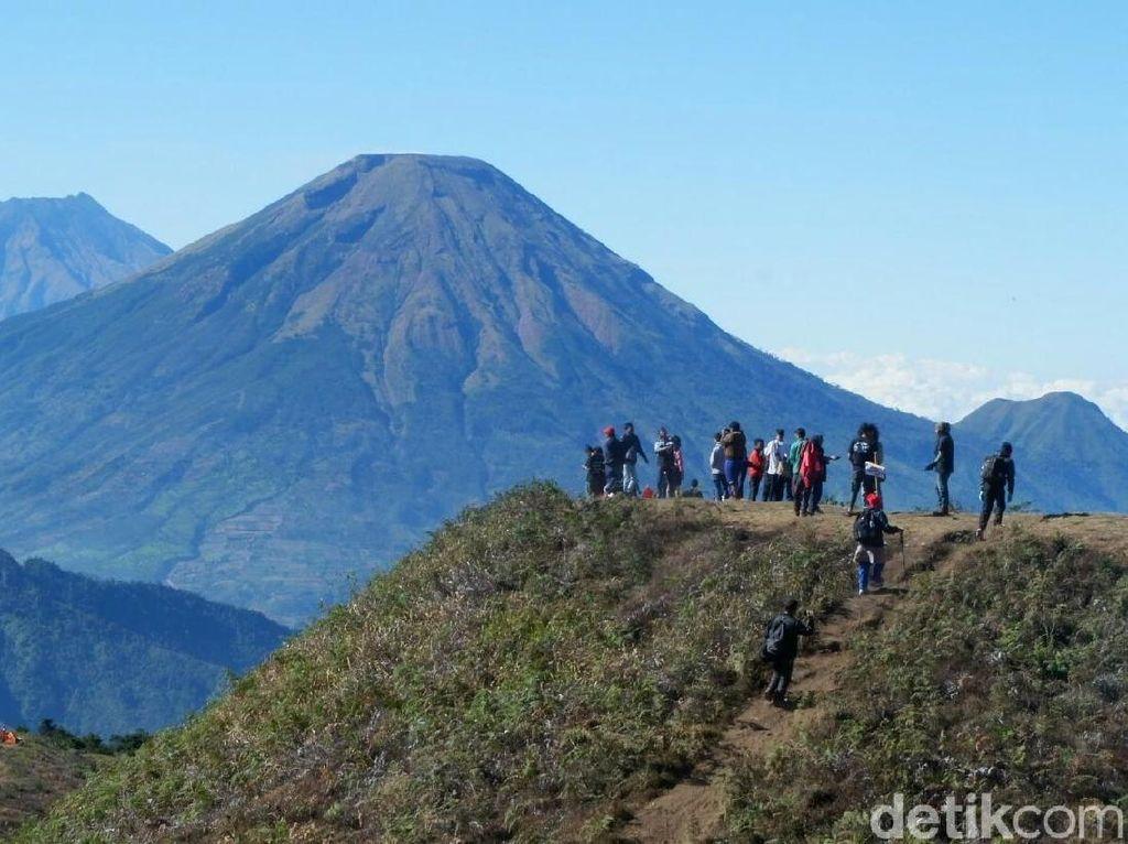 Pendakian Gunung Prau di Jateng Ditutup 3 Bulan, Ini Alasannya