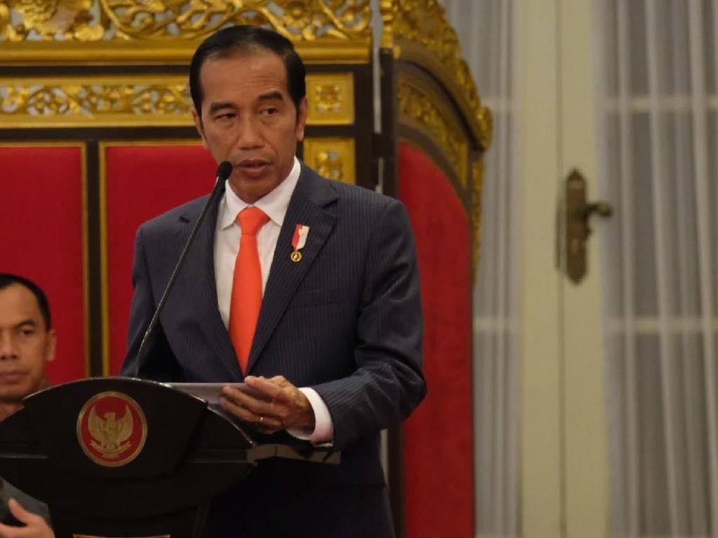 Kumpulkan Menteri, Jokowi Terima Kasih Penerimaan Tembus 102%