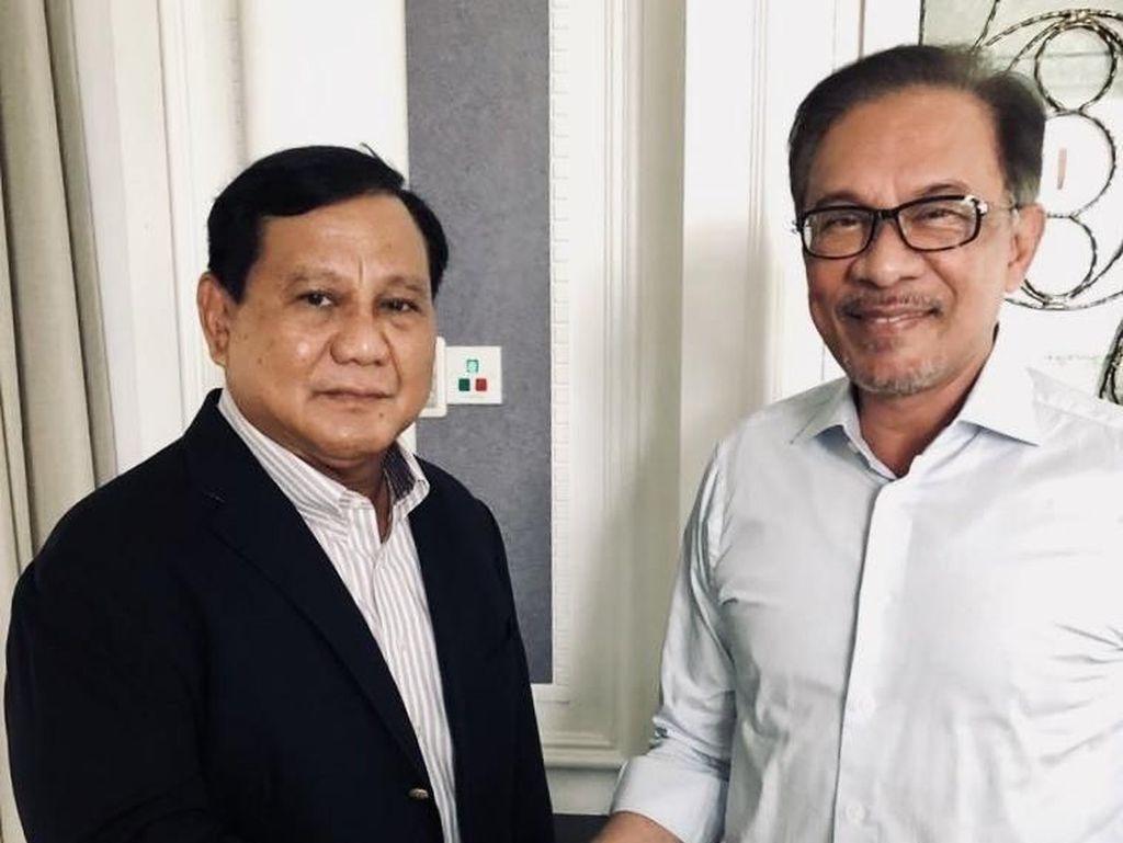 Prabowo Bertemu Anwar Ibrahim di Malaysia